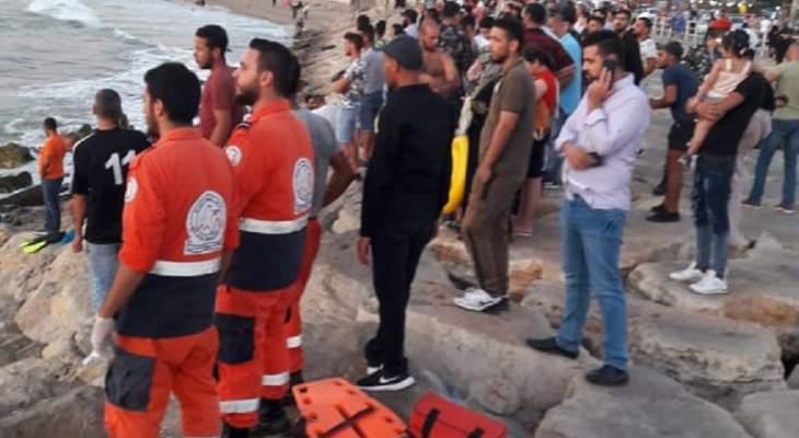 النشرة: انقاذ غريق وفقدان آخر في بحر صيدا وعمليات البحث عنه لاتزال مستمرة