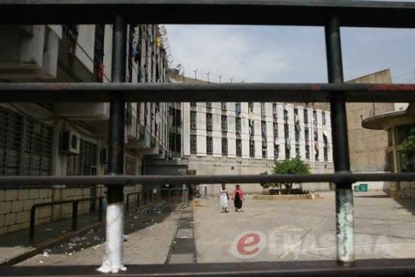 قوى الامن: تشخيص 549 حالة كورونا إيجابية في سجن رومية المركزي