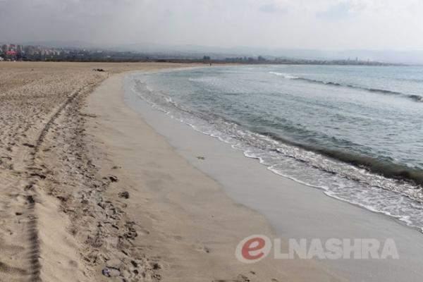 الدفاع المدني يواصل البحث عن مفقودة عند شاطىء جل البحر في صور