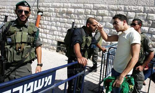 """عشية عيد الفصح.. المسيحيون الفلسطينيون يدفعون ضريبة عقوبات """"إسرائيل"""" على السلطة"""