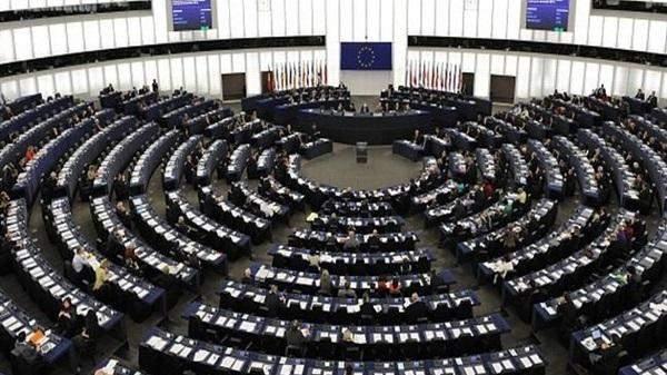 الاتحاد الأوروبي: فرض عقوبات على 4 مسؤولين روس لانتهاكهم حقوق الإنسان