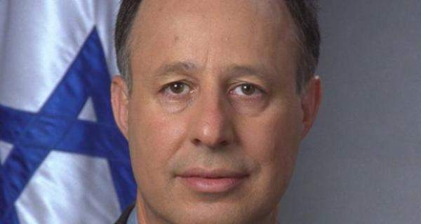 وزير اسرائيلي: نحن الدولة الوحيدة في العالم التي تقتل الإيرانيين منذ عامين