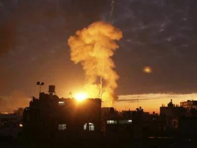 طائرات حربية إسرائيلية تستهدف بصاروخين موقعاً جنوب قطاع غزة