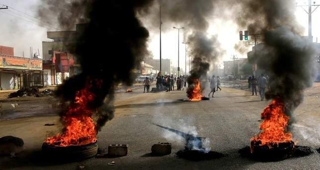 لجنة أطباء السودان المركزية : ارتفاع حصيلة قتلى فض الإعتصام إلى 100 قتيل