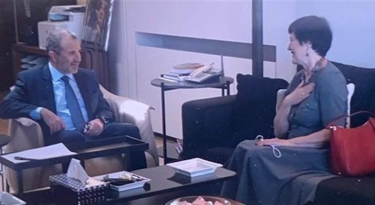 باسيل التقى فرونتسكا ومينجيان: لمسح شامل للنازحين السوريين وتشجيعهم على العودة