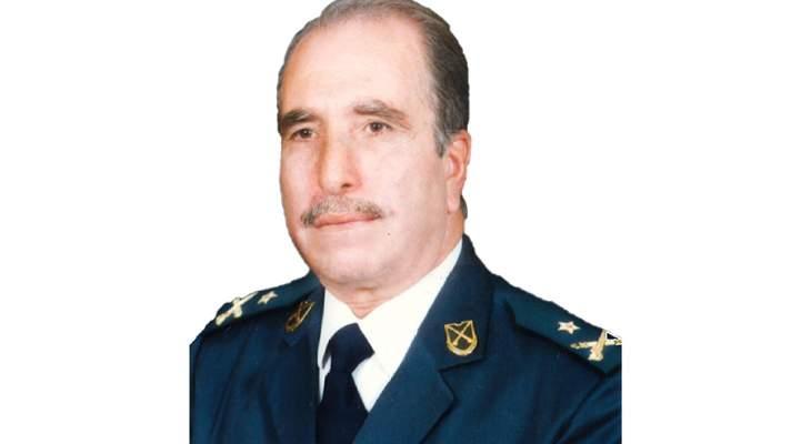 قيادة الجيش اللبناني نعت العميد المتقاعد إدمون غانم