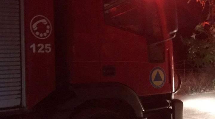 الدفاع المدني: حريق داخل صالة عرض للمفروشات في المنيه والأضرار مادية