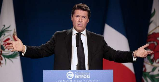 عمدة نيس طالب الحكومة الفرنسية بفرض الإغلاق لردع السياح من القدوم للمدينة