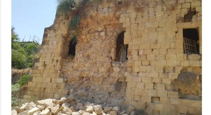 وزير الثقافة تابع موضوع انهيار جزء من الجدار الغربي للسرايا الشهابية بحاصبيا