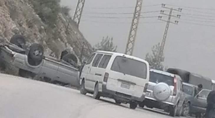 النشرة: حوادث سير وانقلاب سيارة بمحلة الهرماس بسبب تسرب للزيت في مرجعيون