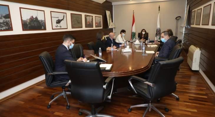 عكر عقدت إجتماعا حول المساعدات المقدمة من المنظمات الدولية للنازحين السوريين