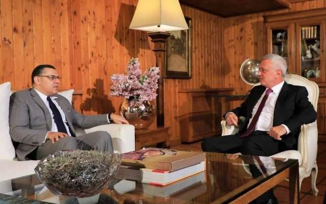 فرنجيه يستقبل السفير المصري وعرض للأوضاع الراهنة
