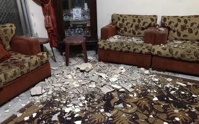 النشرة: نجاة عائلة من انهيار سقف منزلها في صيدا القديمة