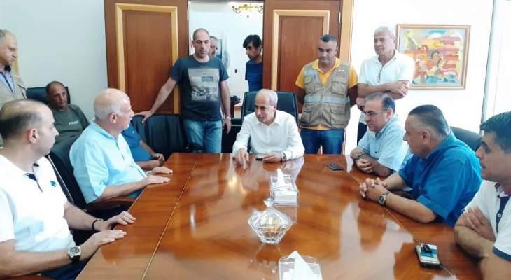 خير وصل إلى المشرف موفدا من الحريري لتفقد الأضرار: هناك خطة وطنية لدى الوزارات