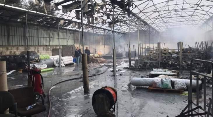 """إخماد النيران داخل مستودعات """"exotica"""" بزوق مصبح ومواصلة عمليات التبريد"""