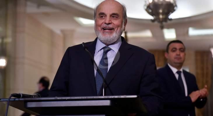 حردان تلقى اتصالا هاتفيا من الحريري: للتسريع بتشكيل حكومة تتمتع بالثقل السياسي والوطني