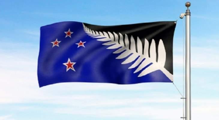 غواصون يغوصون في مياه ملوثة بحثا عن ضحايا بركان نيوزيلندا