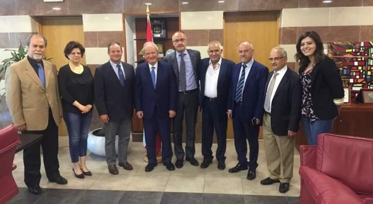 حمادة أكد تعطيل القطاع التربوي والمهني والجامعي من 4 حتى 7 أيار