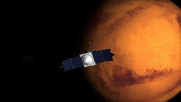 الدفاع الروسية: اطلاق قمر صناعي عسكري جديد باتجاه الفضاء