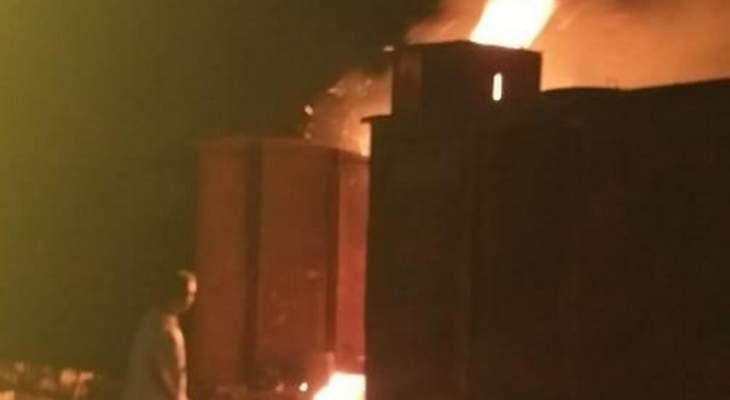 النشرة: الدفاع المدني يعمل على إخماد حريق شب في أعشاب في كسارة