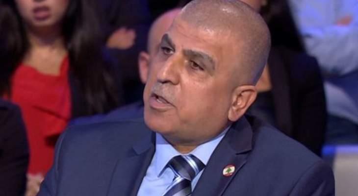 أبو شقرا: كميات كبيرة من المحروقات موجودة في الخزانات والأمور تتجه للحل