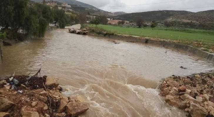 النشرة: ارتفاع منسوب المياه في نهري الزهراني والليطاني جراء الامطار