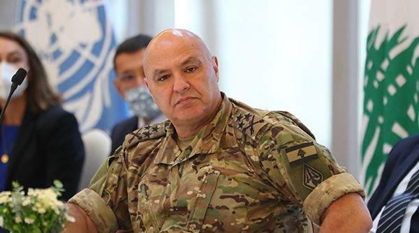 العماد عون: يخوض الجيش اليوم معركة من نوع آخر وهي كيفية التعامل مع الأزمة الاقتصادية