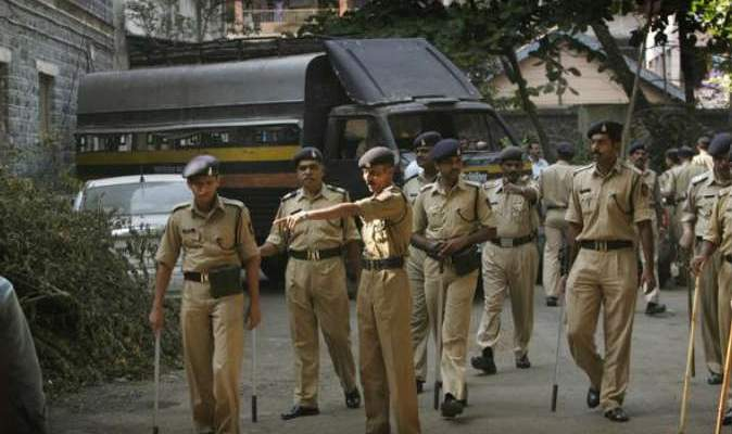 الشرطة الهندية: مقتل 22 عنصرا أمنيا هنديا في اشتباك مع متمردين ماويين