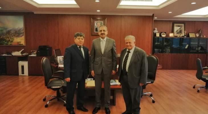 أيوب التقى القائم بأعمال السفارة الكازاخية في بيروت
