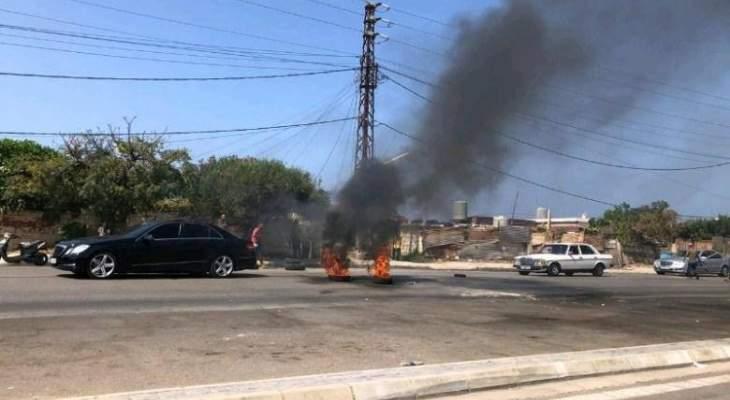 """""""النشرة"""": اقفال طريق جل البحر في صور احتجاجا على ازالة بسطات"""