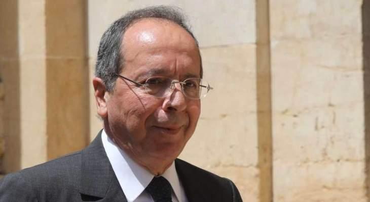 السيد تعليقا على الاستشارات النيابية غدا: مسرحية هزلية بإخراج رديء