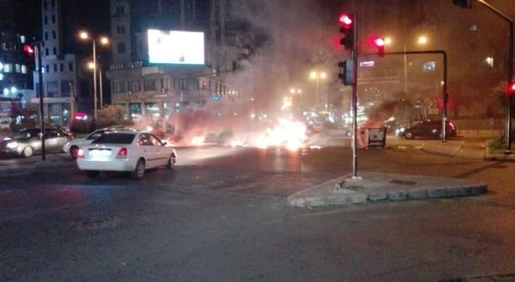 محتجون قطعوا الطريق عند كنيسة مار مخايل الشياح