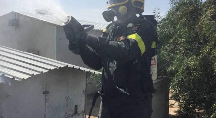 الدفاع المدني يخمد حريقا شب بأعشاب يابسة بميس الجبل مرجعيون