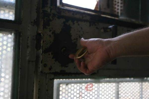 هل حان وقت إصلاح السجون؟