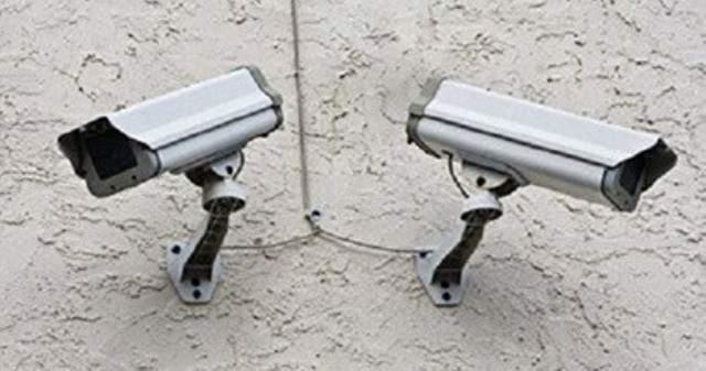 انجاز مشروع تركيب كاميرات مراقبة في كفرتون عكار