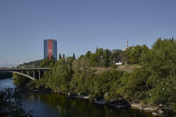 طرد السفراء متبادل بين صربيا والجبل الاسود