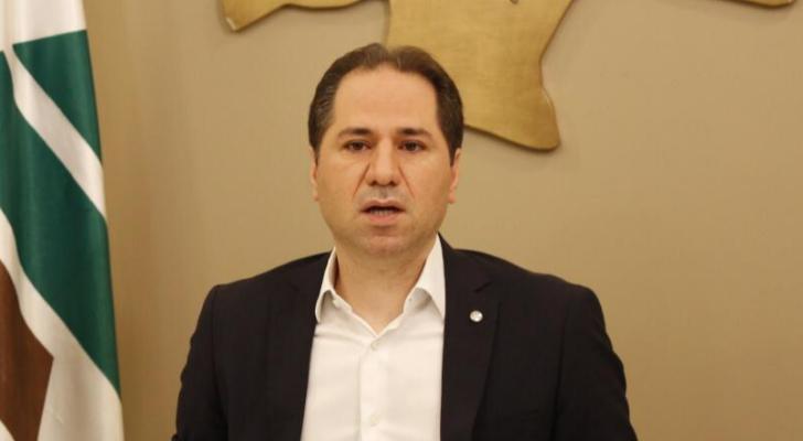 سامي الجميل: الضوء الأخضر لتشكيل الحكومة لم يأتِ بعد من قبل حزب الله الذي يملك القرار بلبنان