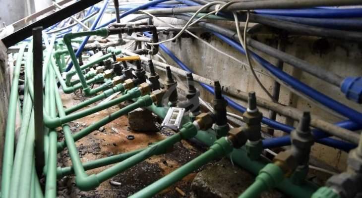 الفريق التقني لمصلحة مياه القبيات كشف على عيارات المشتركين في بلدة رماح ووضع اختاما جديدة من الرصاص
