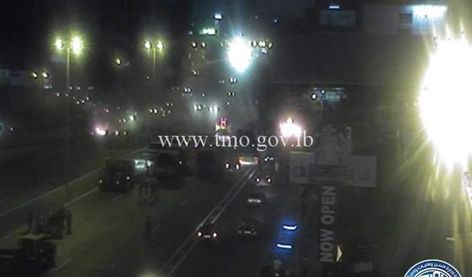 التحكم المروري: اعادة فتح  الطريق على اوتوستراد جل الديب