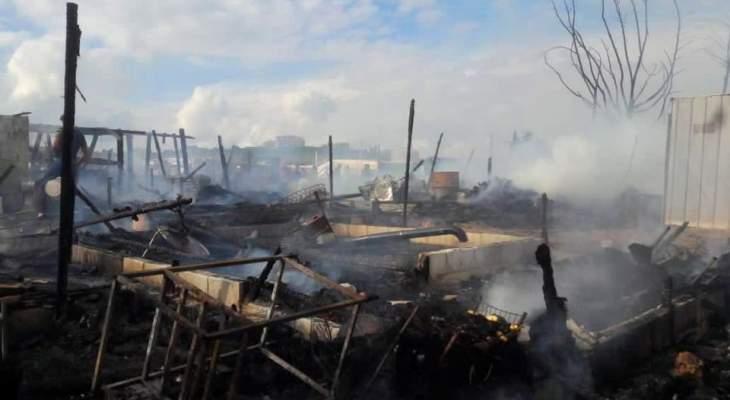 النشرة: الدفاع المدني أخمد الحريق الذي أتى على 15 خيمة بمخيم للنازحين السوريين في مرج الخوخ