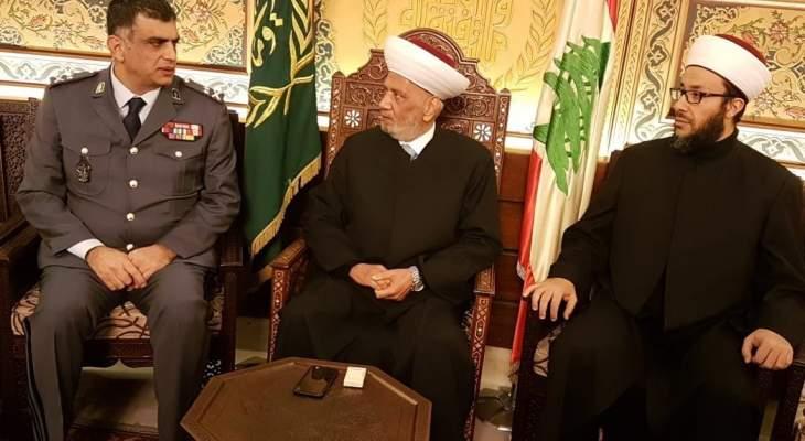 اللواء عثمان: ما يشاع من انتهاك لحرمة مسجد محمد الأمين عار عن الصحة