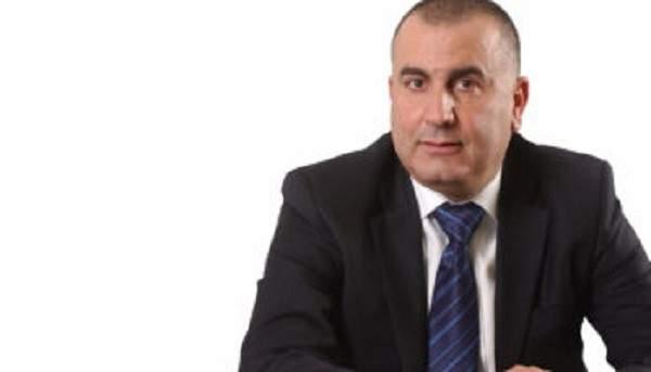 مستشار فنيانوس: فرق وزارة الاشغال تقوم بواجباتها على الطرقات