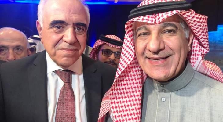 """وزير الاعلام السعودي وعد القصيفي بمتابعة قضية الزملاء في """"الحياة """" و""""لها"""""""