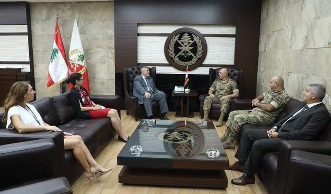 قائد الجيش عرض مع كوبيش للأوضاع العامة وبحث مع مراد بتقديم منح للعسكريين وعائلاتهم