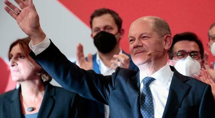 فوز الحزب الاشتراكي الديمقراطي بقيادة أولاف شولتز بالانتخابات التشريعية بألمانيا