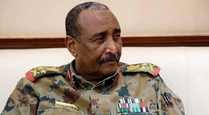 رئيس مجلس السيادة السوداني: نضع يدنا بيد بعض لتأسيس الدولة المدنية عبر الانتخابات