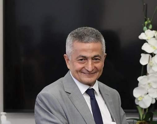 """وزير المالية وقّع عقد التدقيق الجنائي مع شركة """"ألفاريز آند مارسال"""""""