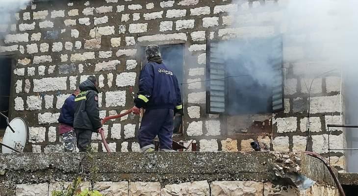 النشرة: إخماد حريق شب في منزل في بلدة كفرمشكي في البقاع الغربي