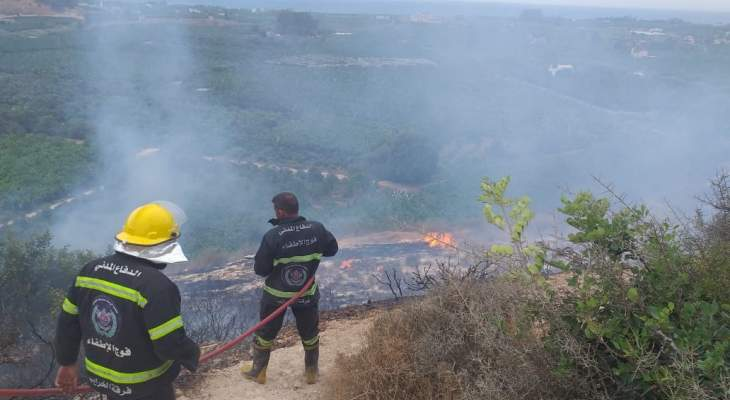 حريق هائل بين الخراب والمطرية والدفاع المدني يعمل على اخماده