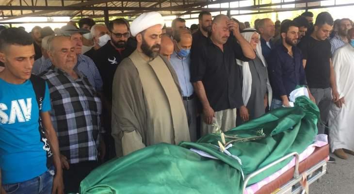 النشرة: عائلة العطار وبلدة شعت شيّعت الشهيد حمد العطار الذي سقط بانفجار بيروت